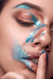 Fotoproduktion mit Make-Up Artist Brigitte Kelemen, für Shootings in München und Nürnberg, Foto von Andreas Reiter