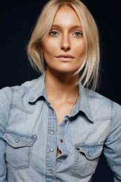 Make-Up und Frisur von Make-Up Artist Brigitte Kelemen, für Fotoproduktionen in München und Nürnberg. Foto: Denise Keimig